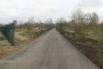 asphaltweg-entlang-moekernkiez.jpg