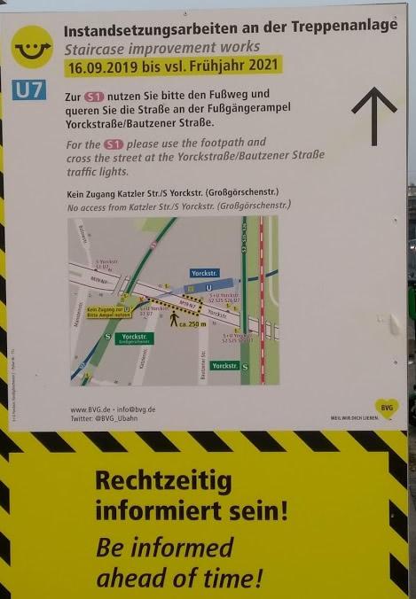 Plakat am U-Bahnhof Yorckstraße