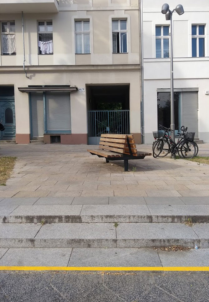 Die Durchfahrt in den Hof, Yorckstraße 44