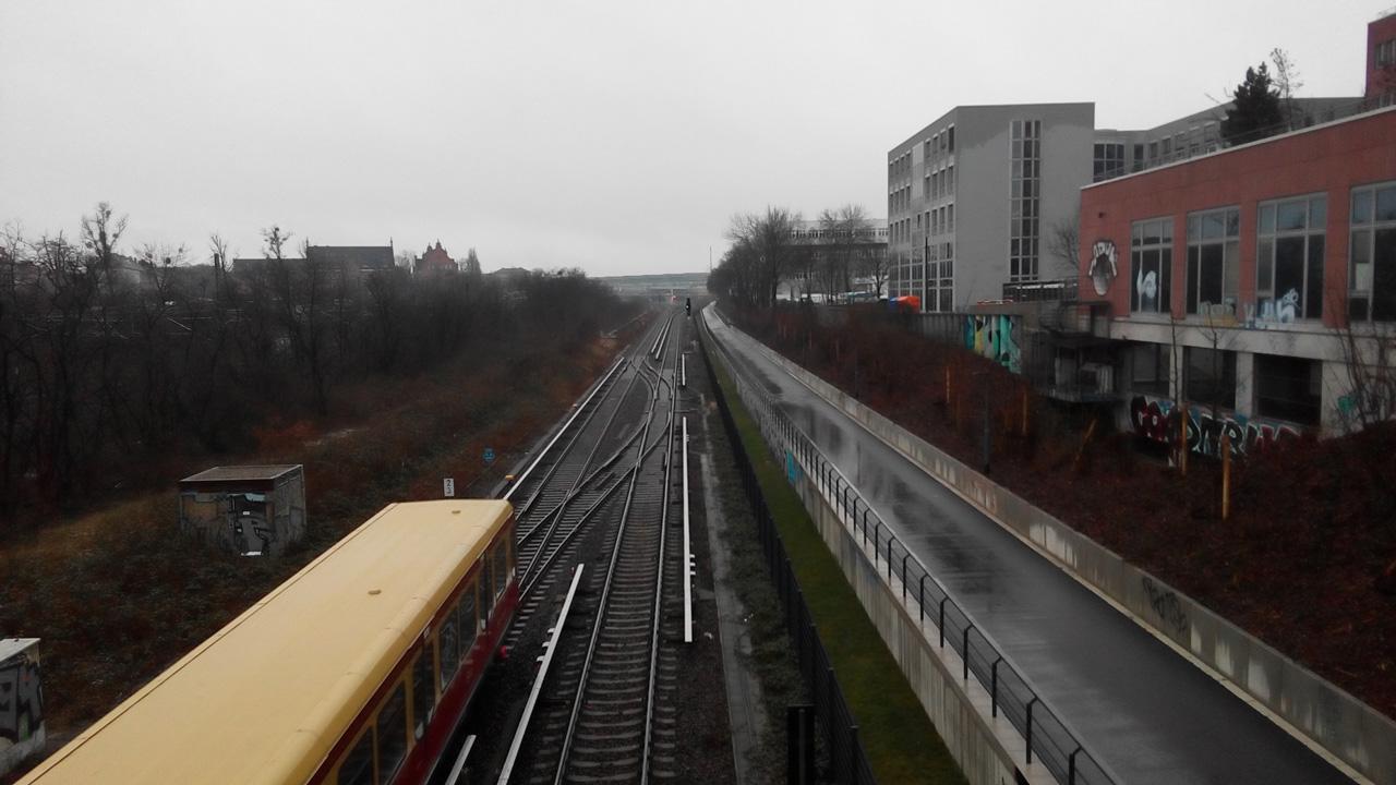 Blick von der Kolonnenbrücke nach Süden