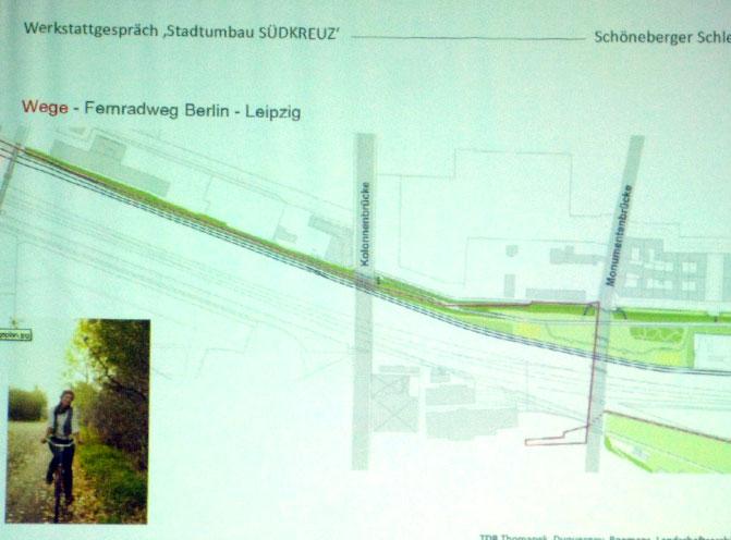 Abschnitt zwischen Monuemtenstraße und Kolonnenstraße, mit langestreckten Rampen Richtung Süden, Planung Landschaftsarchitekten Thomanek, Duquesnoy, Boemans