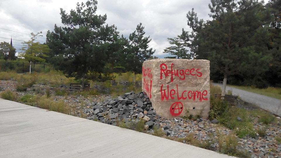 Refugees Welcome, Aufnahme im Ostpark am 5. 09. 15