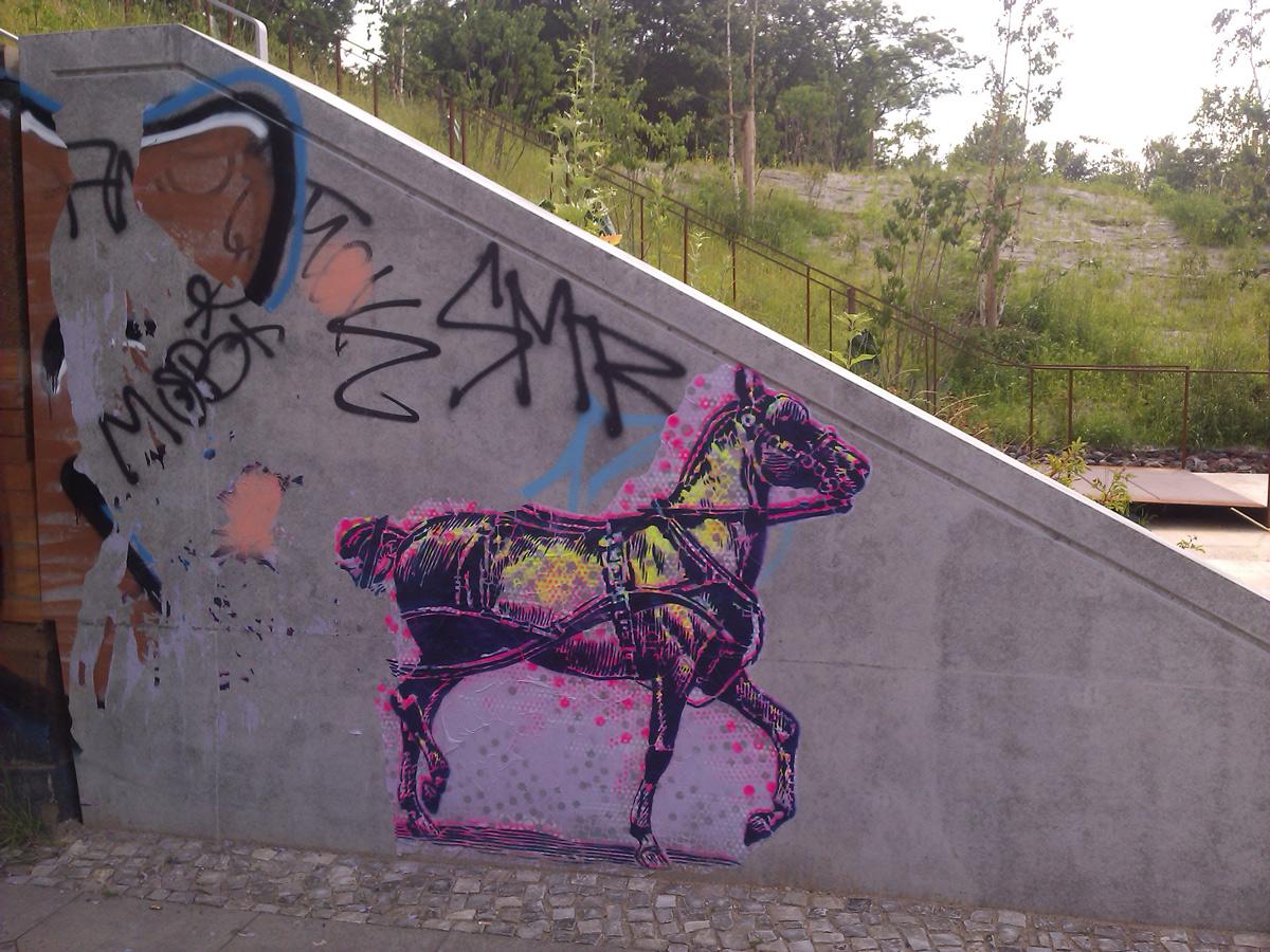 Reiten unter den Yorckbrücken